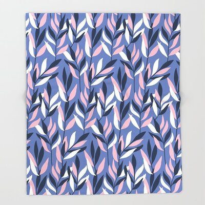 PaceCreative-graphic-leaves-throw-blankets