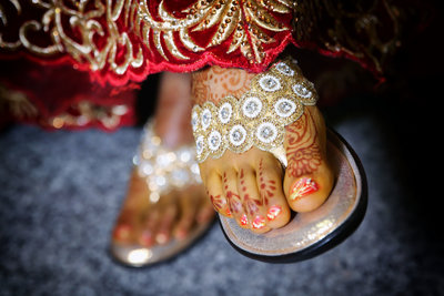 Indian bride's feet with mehendi pattern. Photo by Ross Photography, Trinidad, W.I..