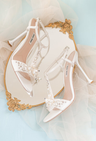 elegant wedding detail shoe and mirror inspiration