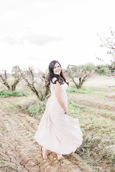 Peach-Blossom-Session-Schnepf-Farms-Gilbert-Arizona-Ashley-Flug-Photography14-2