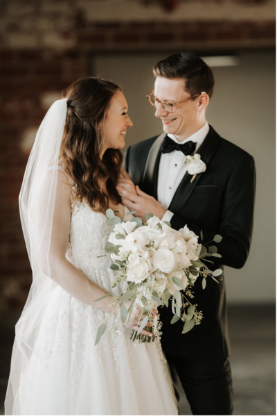 bride-and-groom-smiling