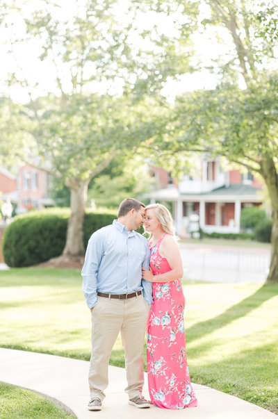 Elizabeth-Hill-Engagement-Photographer-Virginia