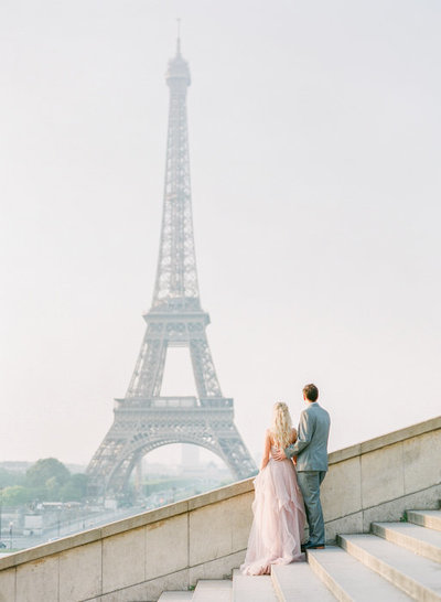 Molly-Carr-Photography-Paris-Film-Photographer-France-Wedding-Photographer-Europe-Destination-Wedding-Paris-8