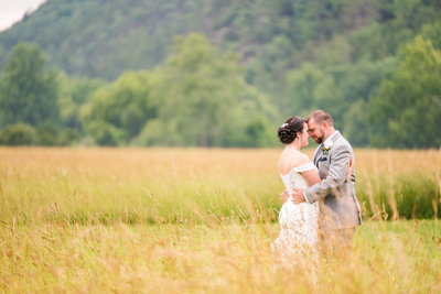 River Uplands Farm Milboro Virginia Rustic Outdoor Barn Wedding Marena Claire Photography_0067