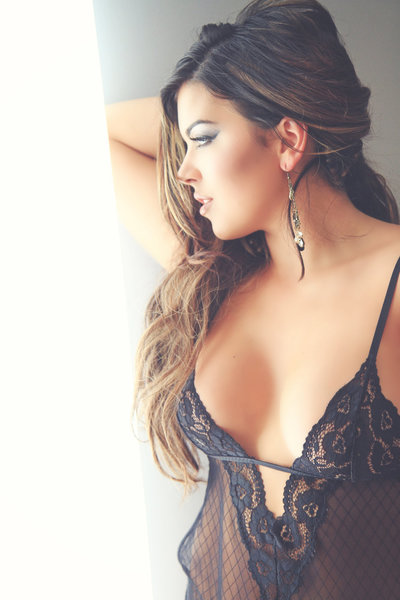 Fine art boudoir photographer Virginia Beach