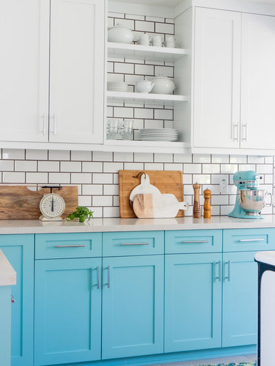 Blue and white vintage kitchen renovation ideas | Los Angeles, Dallas, Forth Worth Interior Design