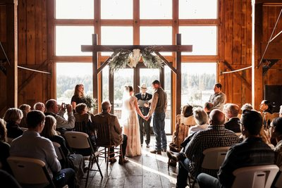 the-cattle-barn-wedding-33