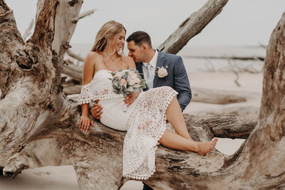 Hayley-and-Kent_Big-Talbot-Island-Elopement-0110