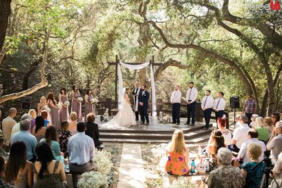 Oak Canyon Nature Center Wedding Anaheim California wedding photographer Bride and Groom Ceremony_1