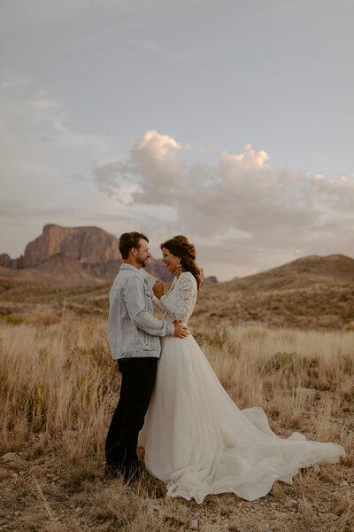 Big Bend Vow Renewal | Matt + Sarah | Ten Year Anniversary | Big Bend National Park | West Texas | Alison Faith Photography-0614