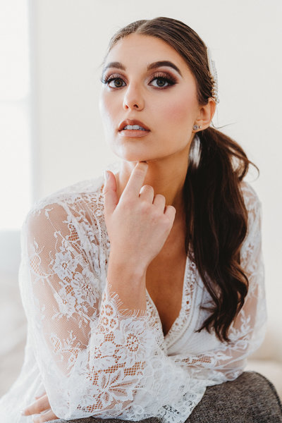 NATURAL LIGHT PORTRAIT OF BRIDE WEDDING PHOTOGRAPHY