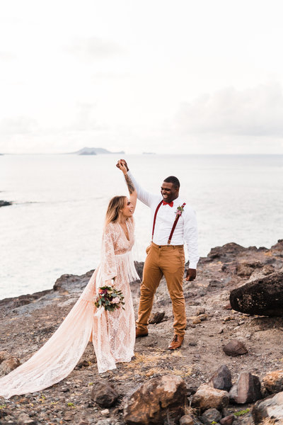 hawaii-elopement-photographer-makapuu-lookout-2