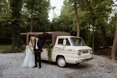 emily-logan-historic-shady-lane-wedding-photos-bobbi-phelps-photography-238