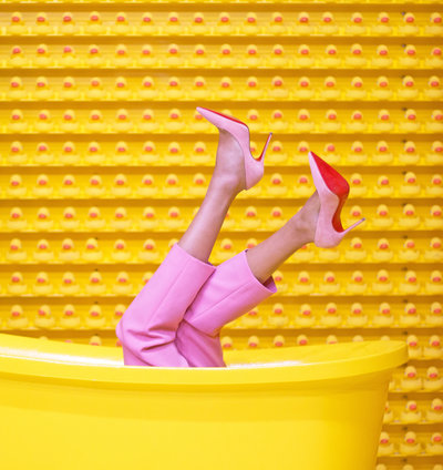 bathtub-fashion-feet-1630344 copy