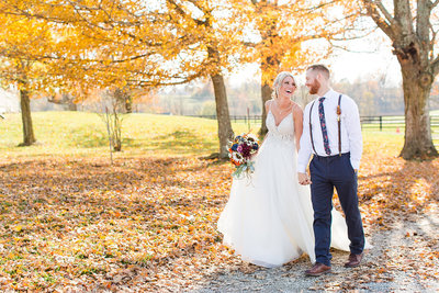 Wedding-Bride-Groom-Fall-Portraits-Barn-Twin-Lakes-Louisville-Kentucky-Photo-By-Uniquely-His-Photography158