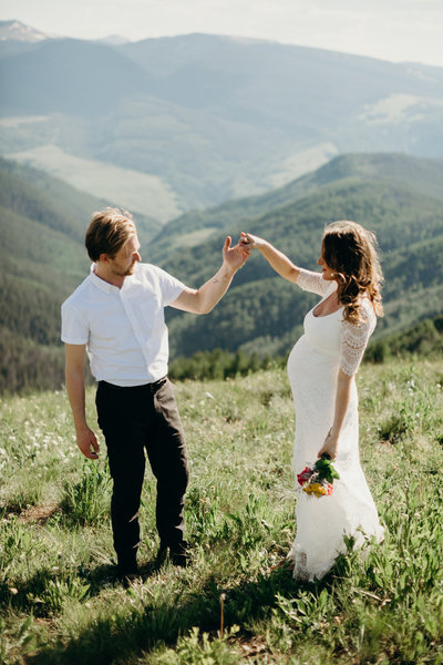 VAIL-MOUNTAIN-ELOPEMENT-PHOTOGRAPHER-4