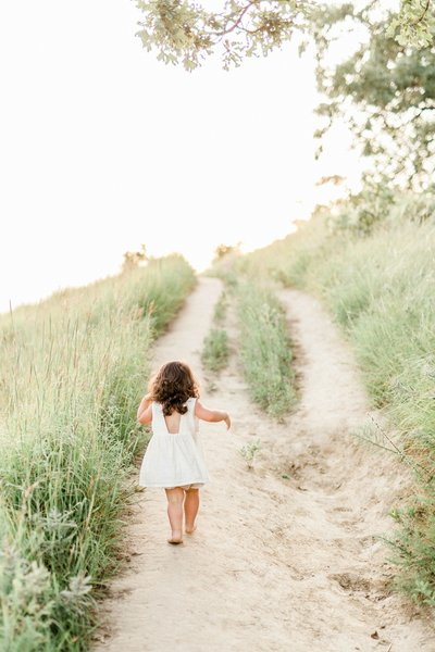 Quarry Hill Maternity Session with White Maternity Gown