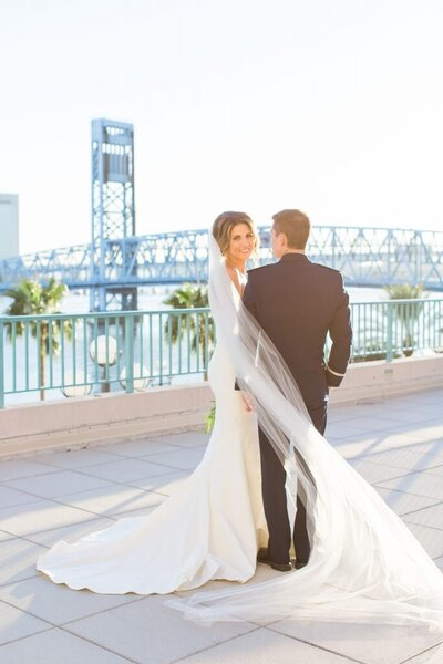 jacksonville riverfront waterfront wedding devon donnahoo photography charleston savannah atlanta greenville asheville photographer