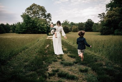 lifestyle-mommy-and-me-session-killens-pond-state-park-rebecca-renner-photography_0002