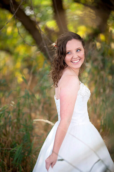 Spokane wedding photographer in the woods