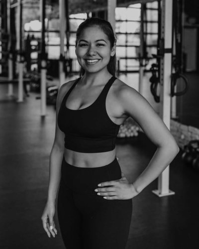 giana-tacoma-yoga-vie-athletics-59-BW