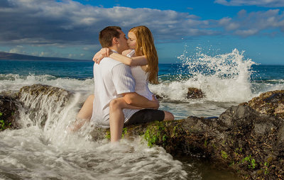 couple-on-the-rocks-portraits