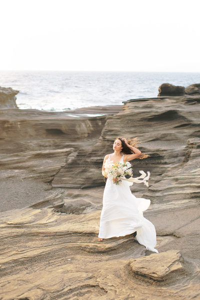 Oahu Hawaii Lanai Lookout bride wedding elopement