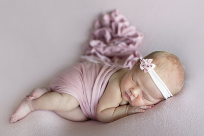 des-moines-newborn-photos