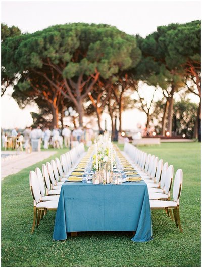 al fresco dining table for a wedding in rome