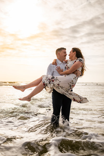 An engagement adventure at River to Sea Preserve in Palm Coast, Fl
