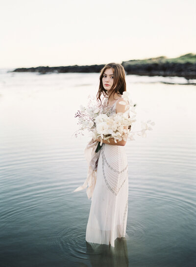 Coastal bouquet- hawaii wedding