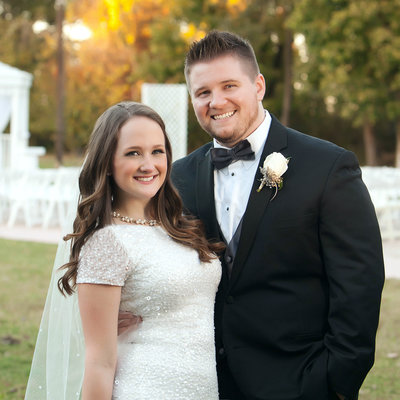 Bride & Groom at White House Mansion, Tulsa