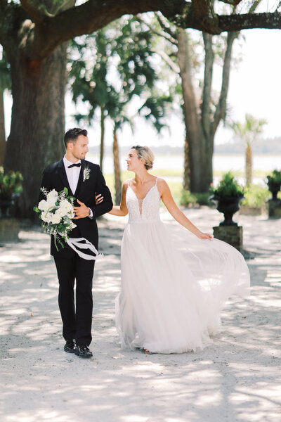 Classic Charleston Wedding Photography at The River House