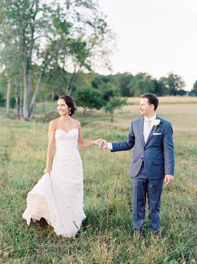 Castle Hill Cider wedding portrait by Natalie Jayne Photography