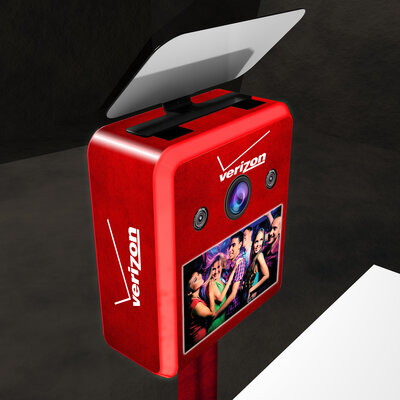 LOS GATOS PHOTO BOOTH - Vinyl Wrapping - Brandable Photobooth - Verizon