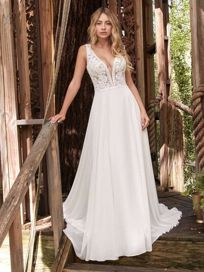 Keyhole Back Wedding Dress. It's a match! Sweet meets sexy in this keyhole back wedding dress, a gorgeous and affordable choice for the boho bride.