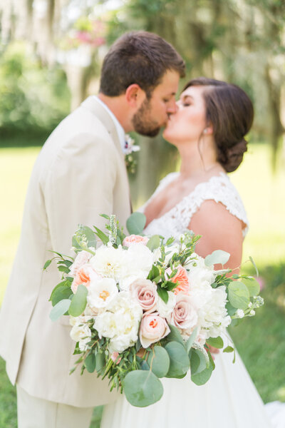 Kate Dye Photography Charleston Wedding Light Airy Bright Colorful 45