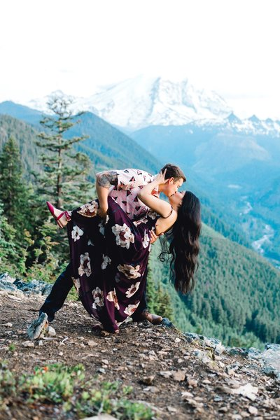 Mt. Rainier-Engagement-Photos_0032