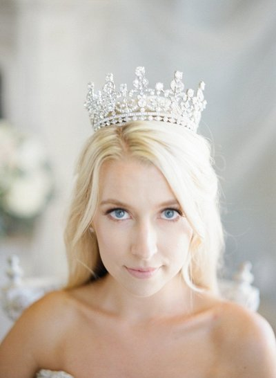 10-Beautiful-Bridal-Tiaras-for-Your-Wedding-Eden-Luxe-Bridal-Queen-Elizabeth-Bridal-Crown