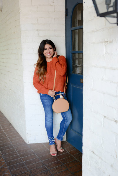 Fall Neutral Sweater Fashion blogger