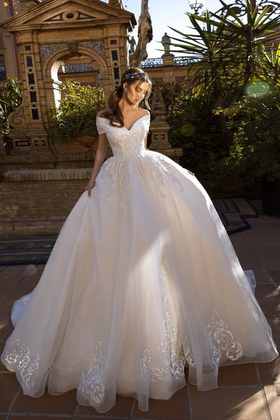 Tina Valerdi Wedding Dress 1