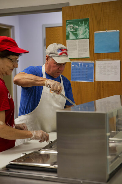 Indianapolis volunteer at a soup kitchen