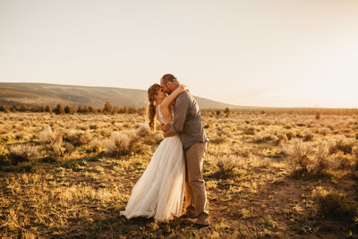 EMILYVANDEHEYPHOTOGRAPHY -- wedventure -- bend, oregon -- wedding -- elopement-120