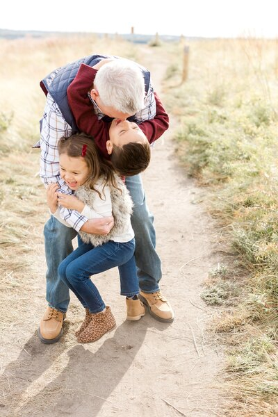 edina-family-little-kids-holiday-card-photos-fall-mini_0025