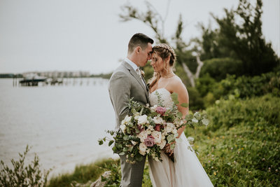Hutchinson Island Wedding couple have private extended first look in Stuart FL