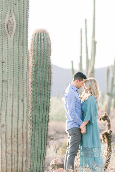 AlyKirkPhoto-Leslie-Zach-Engagement-Session-Wind-Cave-Trail-Mesa-Arizona-Photographer-0010