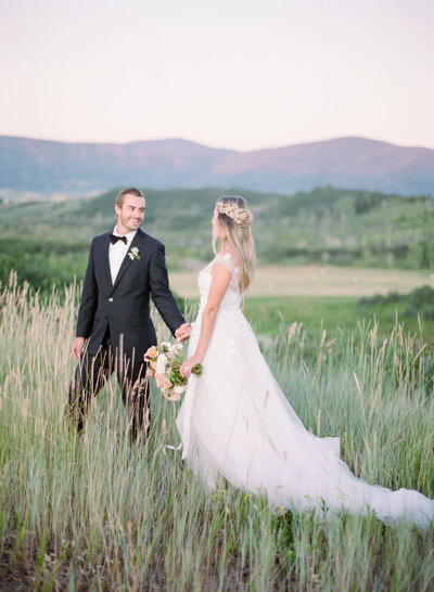 Melissa Brielle Photography Colorado Fine Art Wedding Engagement Photographer Photograph Melissa Minkner Light Airy Luxury High End13