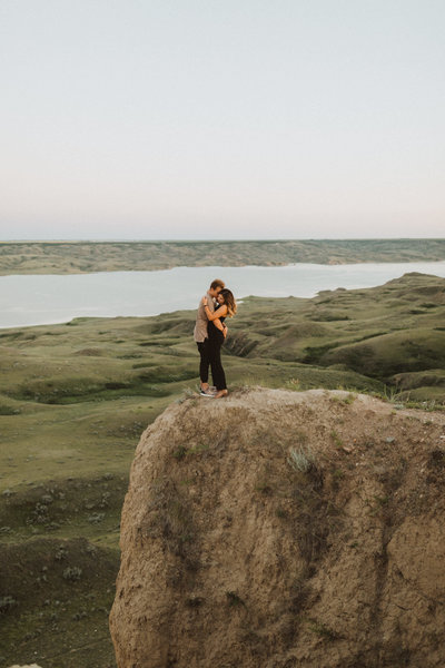 liv hettinga is an adventure wedding and elopement photographer based in Western Canada