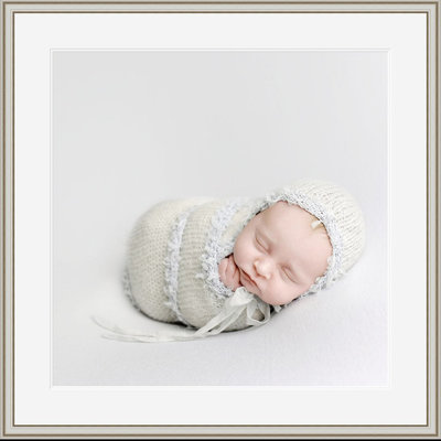 Newborn Professional Pictures in Bend OR