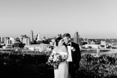 The Best Wedding Photographer Cincinnati Ohio Classic Monastery Devau Park Skyline